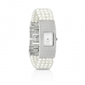 Quartz watch with white pearls
