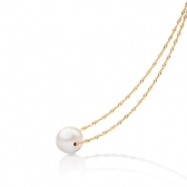 Gold necklace with white freshwater pearl