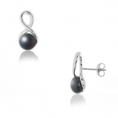 Silver earrings with black pearls