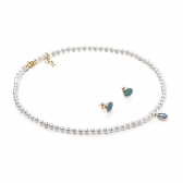 GOLD SET WITH FRESHWATER PEARLS AND OPAL