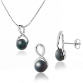 Silver set with cultured pearls