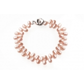 Bracelet with pink rice-shaped pearls