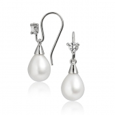 Silver earrings with freshwater pearls