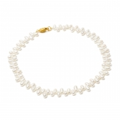 Necklace of white rice-shaped pearls