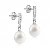 Romance white pearl earrings