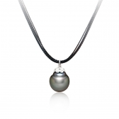 Necklace with black pearl of Tahiti