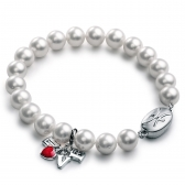 Freshwater pearl bracelet with LOVE pendant
