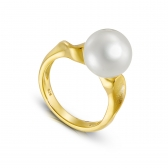 Avant-Garde gold-plated silver ring with white natural pearl