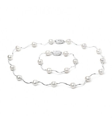 'Opera' set with white pearls