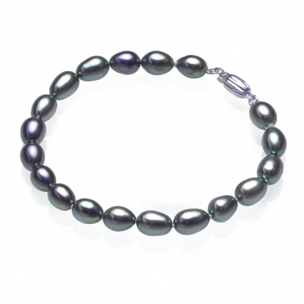 Bracelet with dark rice-shaped pearls