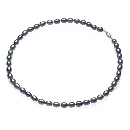 Necklace with dark rice-shaped pearls