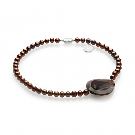 Necklace with brown Agate and pearls